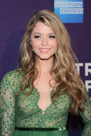 "Pretty Little Liars' Sasha Pieterse Reveals Heartbreaking Story Behind ""I Can't Fix You"""