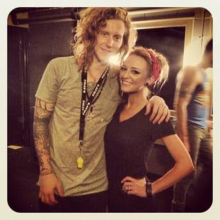 Maci Bookout Hangs With We the Kings's Travis Clark Backstage! (PHOTO)
