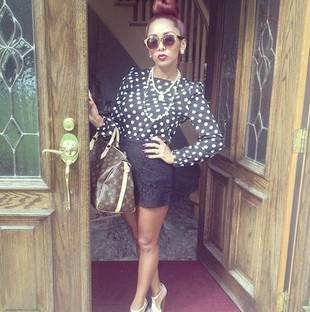 Snooki Goes Business Chic, Looks Skinny and Stylish in Black and White Polka Dots! (PHOTO)
