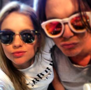 "Pretty Little Liars' Ashley Benson and Tyler Blackburn ""Switch It Up"" (VIDEO)"
