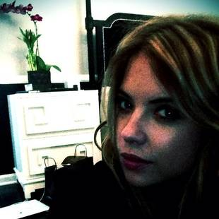 Pretty Little Liars' Ashley Benson Goes Brunette: Check Out Her New Look! (PHOTOS)
