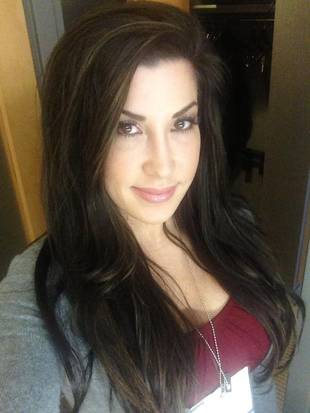 Jacqueline Laurita Heads to Vegas to Meet a New Family Member!