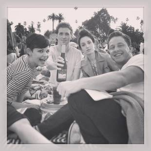 Once Upon a Time's Ginnifer Goodwin and Josh Dallas Picnic in a Cemetery (PHOTO)