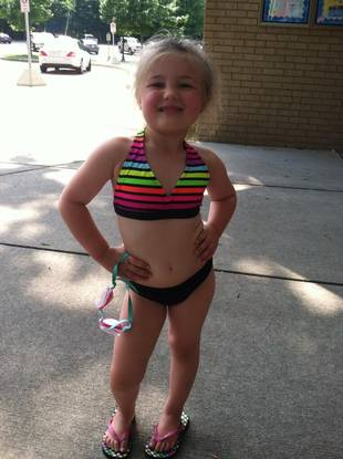 Amber Portwood's Daughter Leah Strikes Model Pose in Two-Piece Swimsuit (PHOTO)