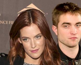 """Riley Keough Tweets? Robert Pattinson and I """"Are Nothing But Good Friends"""""""
