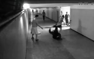 Woman Uses Impressive Self-Defense Moves Against Phone Thief (VIDEO)