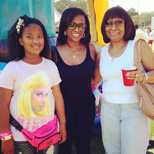 "Kandi Burruss' Daughter, Riley, Sings Nicki Minaj's ""Starships"" (VIDEO)"