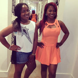 Kandi Burruss Seriously Damages Car in Bizarre Accident (VIDEO)