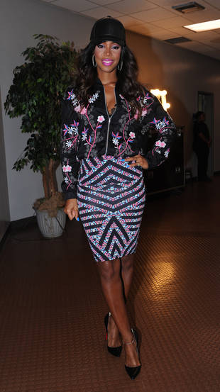 New X Factor Judge Kelly Rowland Twerking at Los Angeles Audition (PHOTOS)