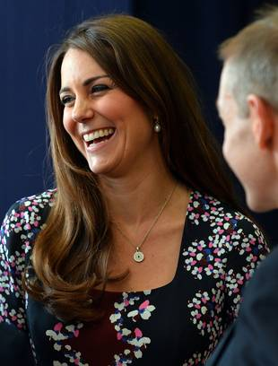 Pregnant Kate Middleton Receives Condoms As Maternity Gift (VIDEO)