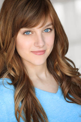 Aubrey Peeples Heading From Sharknado to Nashville