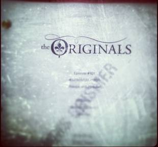 The Originals' Director Tweets Season 1, Episode 1 Script Cover