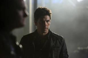 Who Died in Revenge Season 2?
