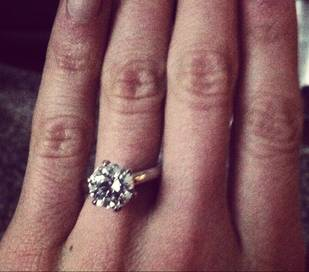 Which Former Bachelor Lady Just Picked Up Her Wedding Rings?