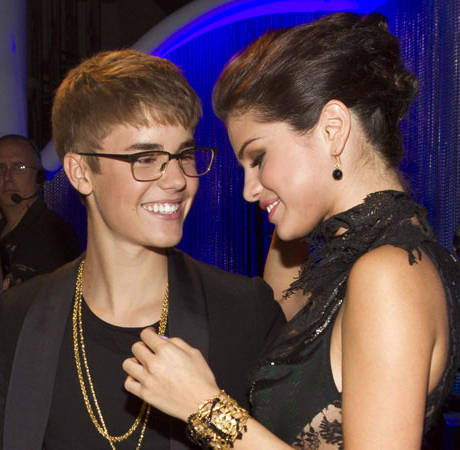 New Selena Gomez Song Samples Supposed Justin Bieber Voicemail (AUDIO)