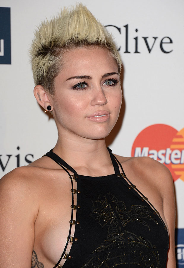 "Demi Lovato ""Protective"" of Partying Miley Cyrus, Tells Her ""Just be Careful"""