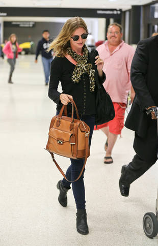 Revenge's Emily VanCamp Returns to Los Angeles to Film Season 3 (PHOTO)