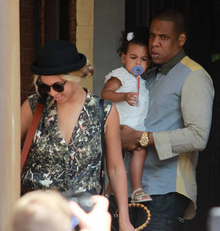 Jay-Z Carries Blue Ivy in Toronto: Cute Photo!