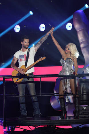 Adam Levine Reveals The Voice Season 5 Details! How's the Adamtina Chemistry?