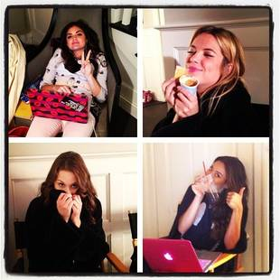 The Pretty Little Liars Get Silly Between Takes (PHOTO)