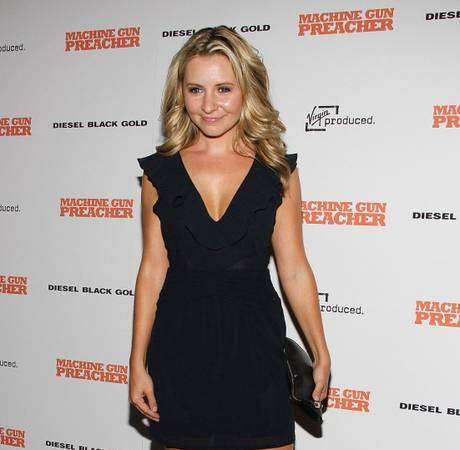 7th Heaven's Beverley Mitchell Shares First Baby Photo — See the Pic!