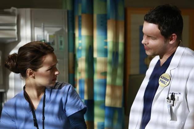 Grey's Anatomy Season 10: Jo and Alex Kiss! (PHOTO)