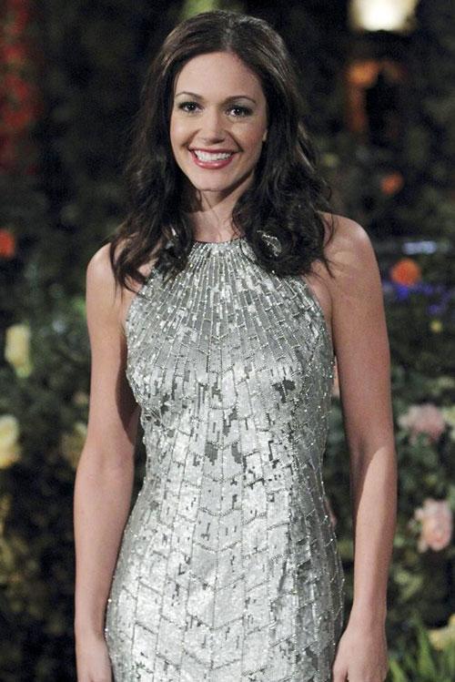Bachelorette Desiree Hartsock Plans Her Perfect Wedding Dress