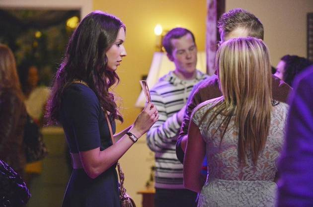Pretty Little Liars GIF Recap: Season 4, Episode 5 — Orange Is the New Black