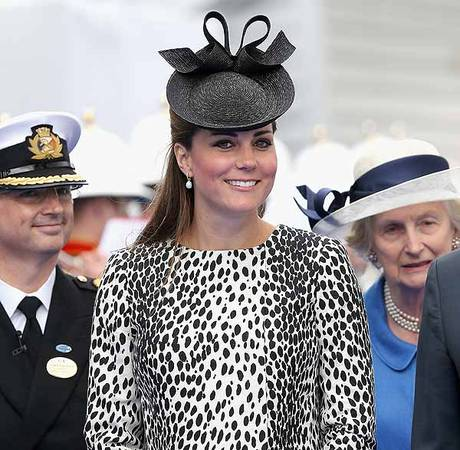 "Pregnant Kate Middleton's Cousin: Kate Giving Birth in ""Next Few Days"""