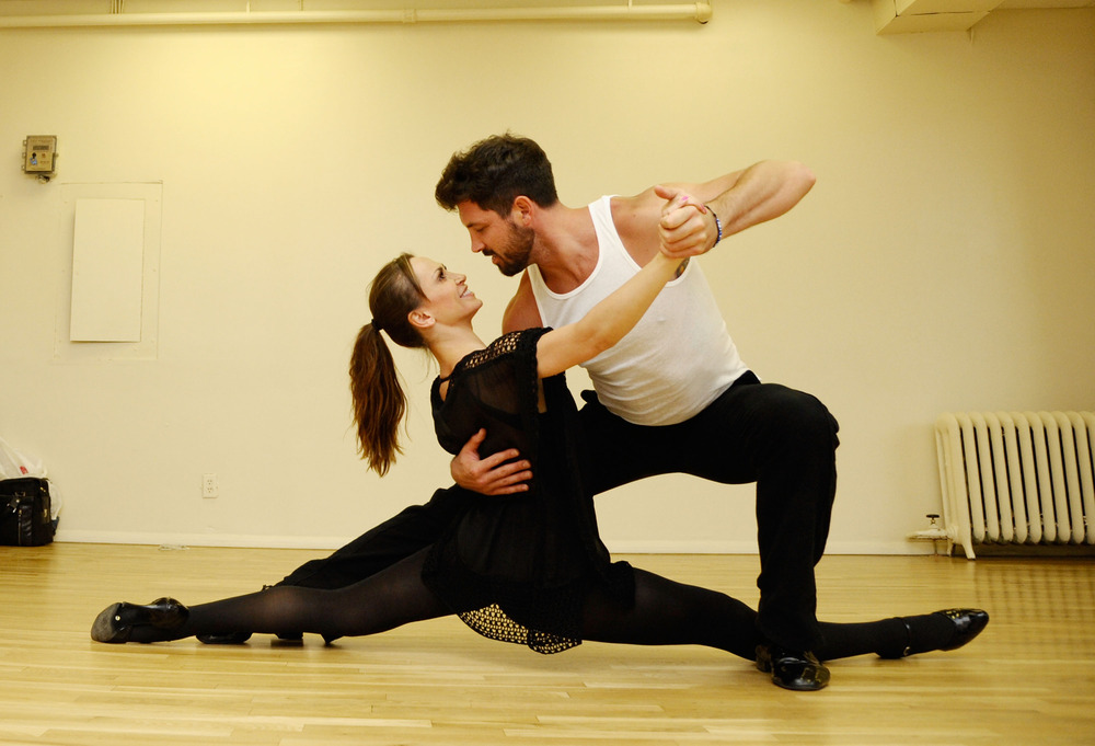 Maks Chmerkovskiy and Karina Smirnoff Get Sexy During Forever Tango Rehearsals! (PHOTOS)