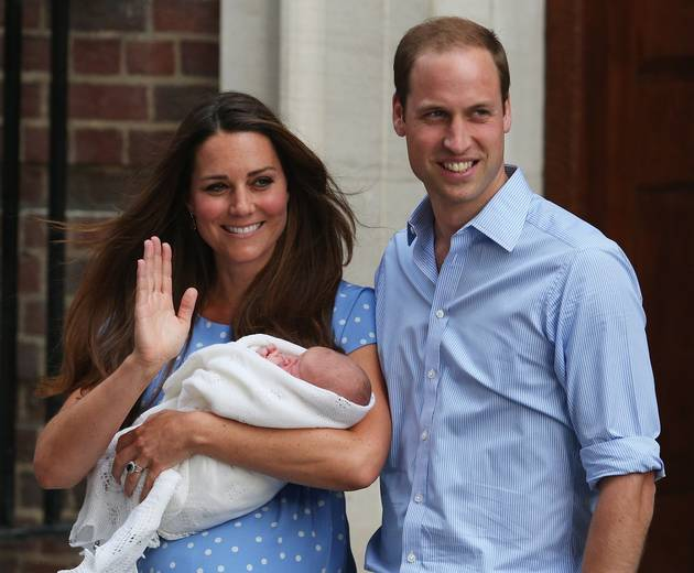 See the Royal Baby's First Photo: Kate Middleton and Prince William Leave Hospital