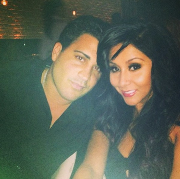Snooki Shows Off Her Bikini Bod in Sexy Hotel Selfie With Jionni (PHOTO)