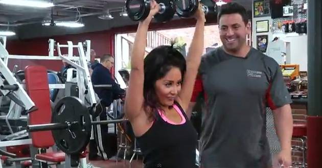 Snooki Reveals How to Get Super-Toned Arms in New Workout Video!