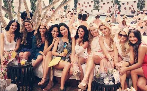 Daniella McBride Celebrates Birthday With Fellow Bachelor Castmates!