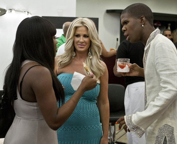 Kim Zolciak Isn't Done With The Real Housewives of Atlanta, Wants to Return for Season 6!