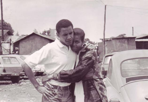 Barack and Michelle Obama Look Adorable in This Throwback Photo!