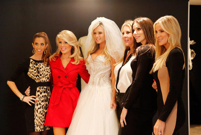 Tamra Barney Accuses Gretchen Rossi of Getting Engaged For Spin-Off?