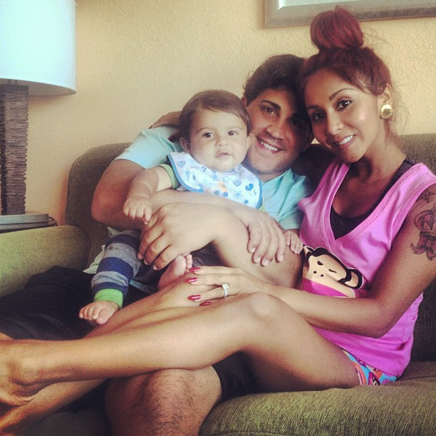 "Snooki's Fiancé, Jionni, Unveils Daddy Blog — Plus, Watch Baby Lorenzo ""Twerk""! (PHOTO)"