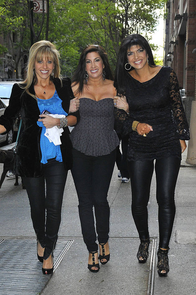"Jacqueline Laurita Talks About Dina Manzo, Wants to See ""Sincere"" Effort From Her"