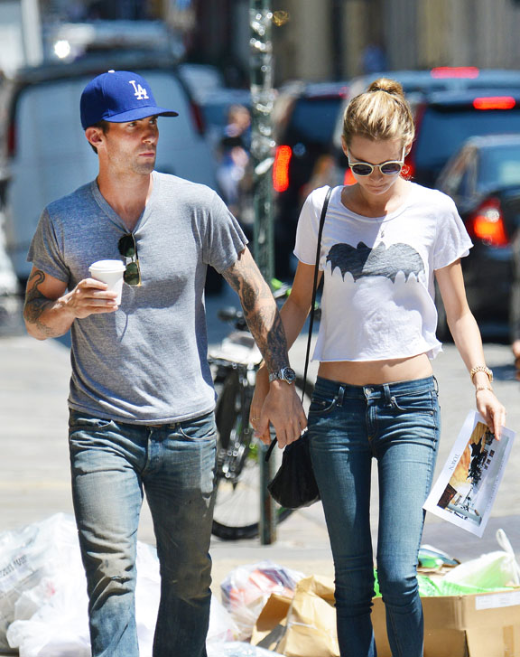 Adam Levine and Behati Prinsloo Go Apartment Shopping in New York — He's Putting Down Roots! (PHOTOS)