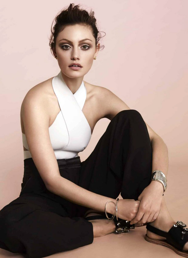 Happy Birthday, Phoebe Tonkin! Here Are 5 Reasons We Love You