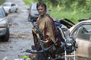 Why Does Daryl's Crossbow Never Run Out of Arrows on The Walking Dead?