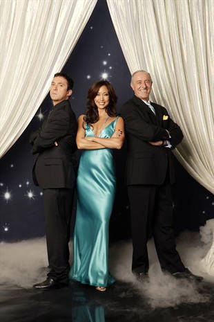 Dancing With the Stars Season 17: Len Goodman Officially Returning as Judge!