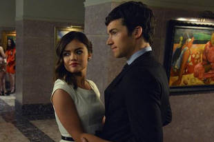 "Pretty Little Liars Spoilers: Aria Is ""Not Finished"" With Ezra in Season 4"