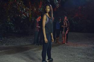 "Pretty Little Liars Recap: Season 4, Episode 9 — ""Into the Deep"""