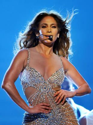 Jennifer Lopez Reveals Her Crazy Pre-Show Routine