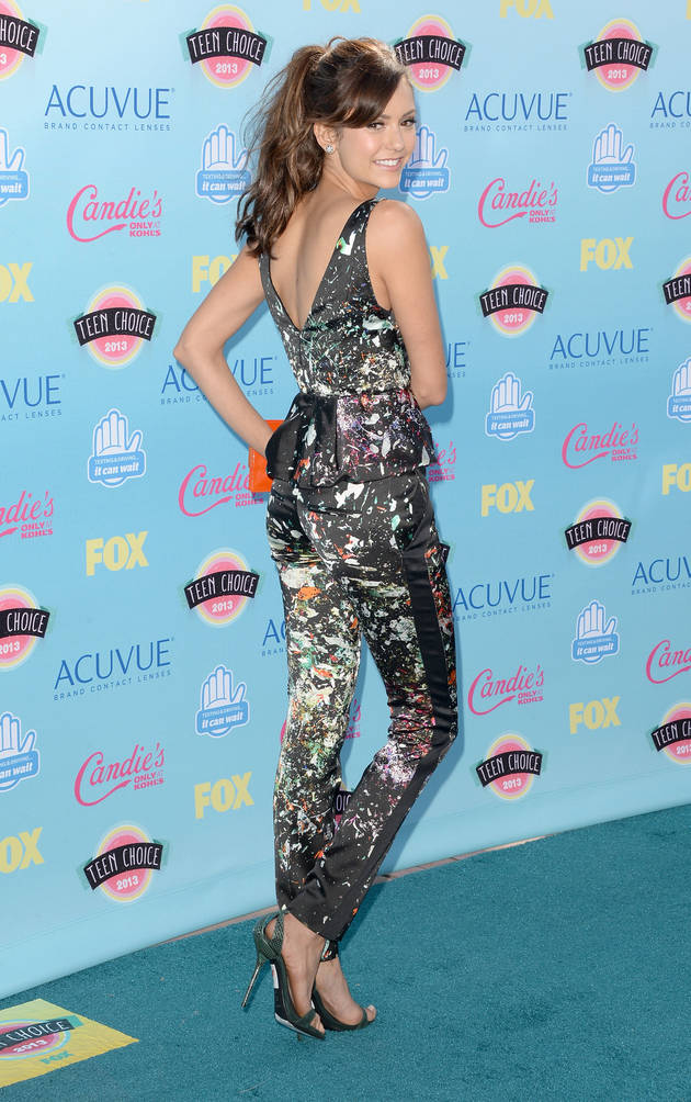 Nina Dobrev Beats Kat Graham to Win 2013 Teen Choice Award