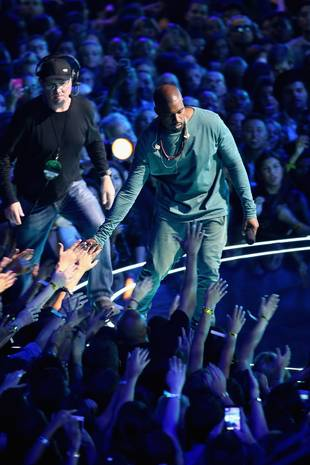 Kanye Performs at the MTV VMAs For the First Time Post-Baby, But Where's Kim Kardashian?