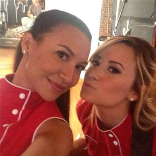 Demi Lovato Puckers Up With Naya Rivera in Her Very First Glee Photo