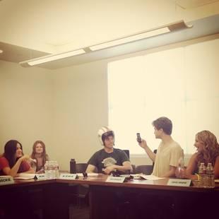 Pretty Little Liars Season 4 Summer Finale Spoilers: CeCe Returns!